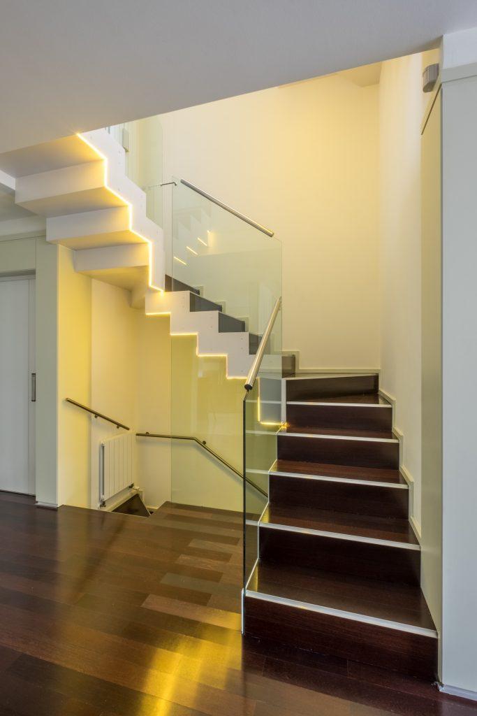 escalera casa led