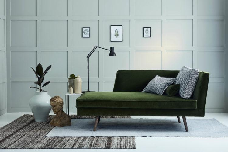 tallulah-chaise-upholstered-in-bespoke-designers-guild-velvet-e1473703575978